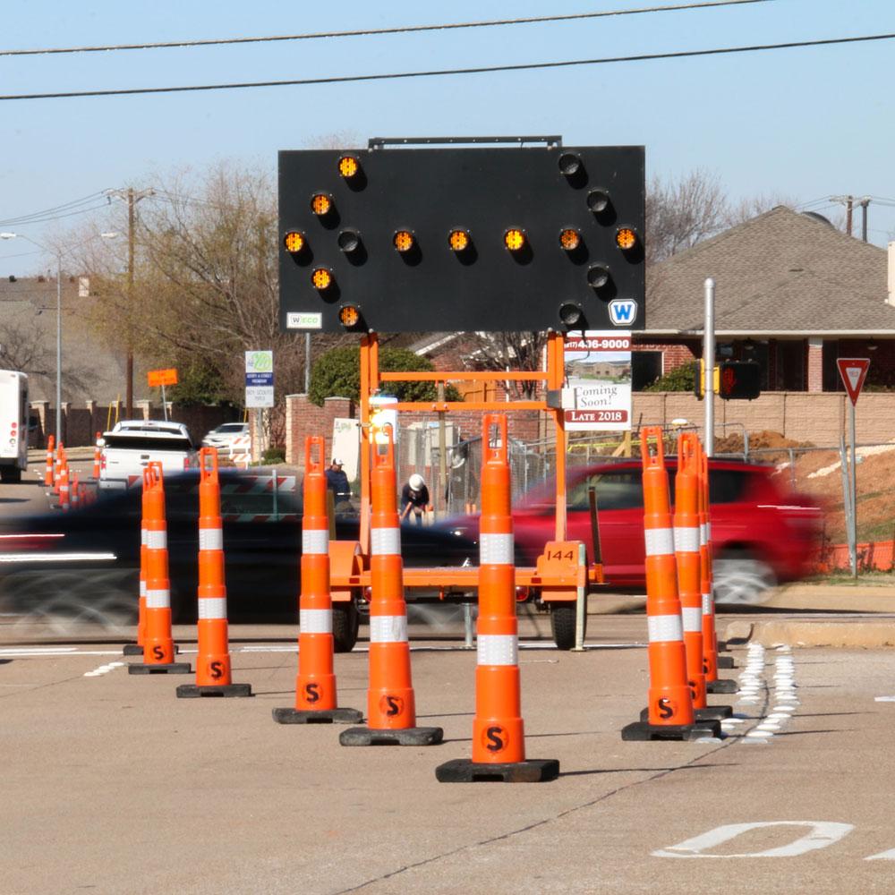 Site Barricades Arrow Sign